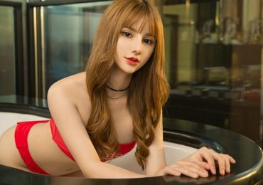 Vicky delicious and sexy asian girl
